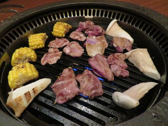 北浜 「軍鶏十番」 旨味と弾力あふれる近江軍鶏の焼きコース!
