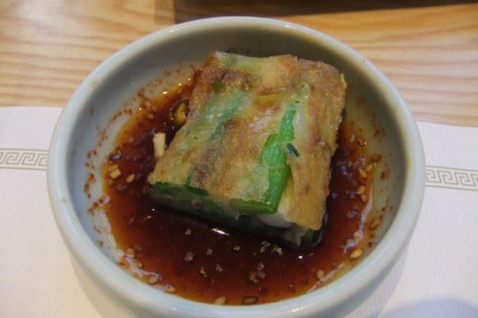 梅田・阪急百貨店 「妻家房」 高級感あふれる店内での韓国料理