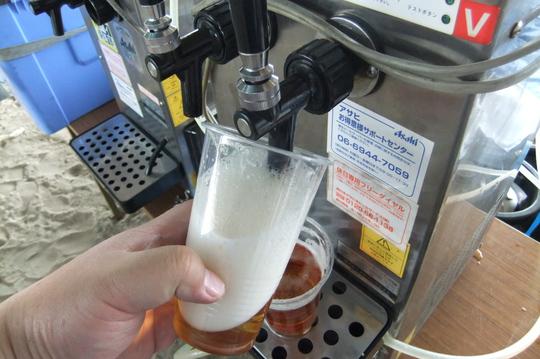淀川河川敷 「ホルモンシャワーBBQ2013」浴びるホルモン