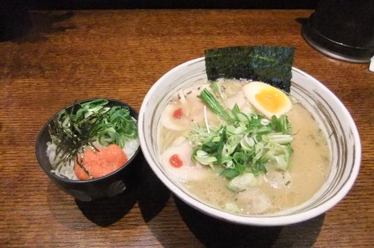 吹田・江坂 「三麺流武者麺」 鶏塩そば(熟成)は味わい深い