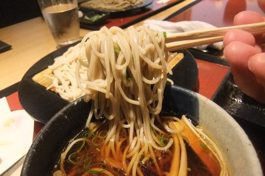 梅田・阪急百貨店 「神田」 美味しいアテを頂きそばで〆る!!