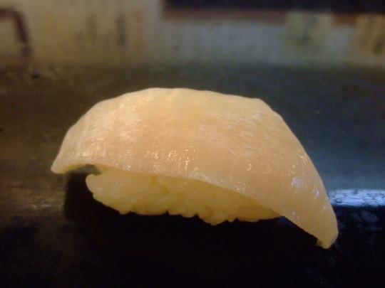 梅田 「菊寿司」 老舗のお店で頂く旬のアテとにぎり寿司!!!