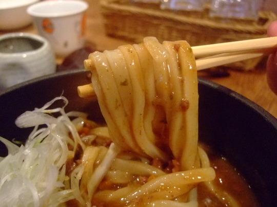 長堀橋 「七弐八製麺」 スパイシーカレーとひやかけが旨い!