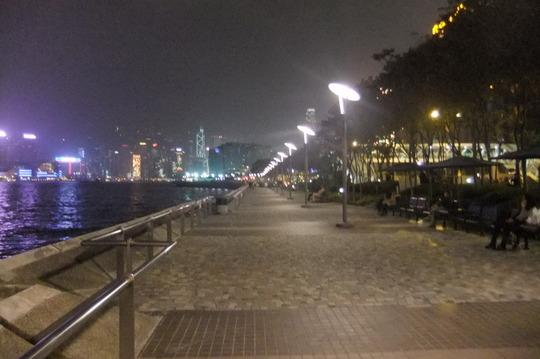 香港珍道中6 「シンフォニー・オブ・ライツ」 夜景後はソルベ