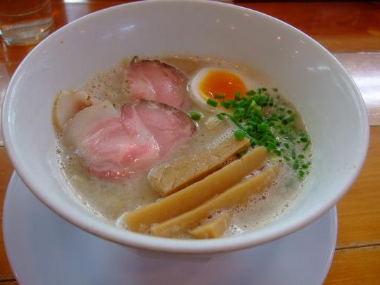 京都・城陽 らの道2 「あっぱれ屋」 こくまろ塩ラーメン!!