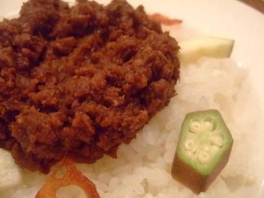 西天満 「かわず」 野菜素材を活かしたキーマランチ!!