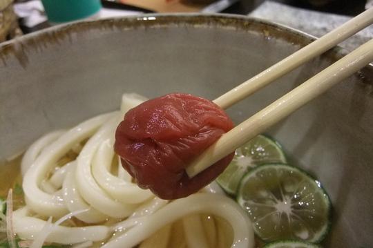 梅田・阪急百貨店 「うどんの詩」 酢橘と紀州梅の冷盛りうどん