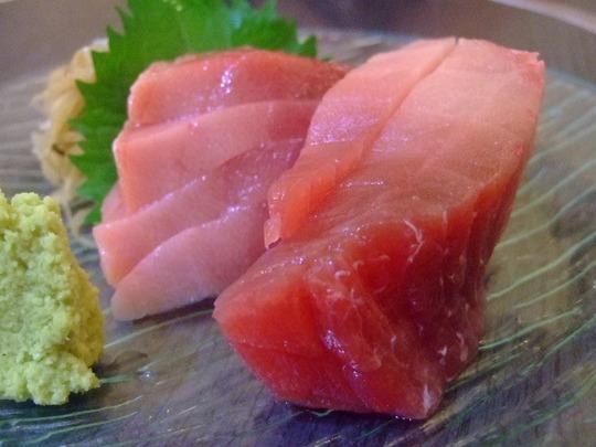 江坂 「虎寿司 江坂店」 デカネタで気軽に入れる寿司屋さん!