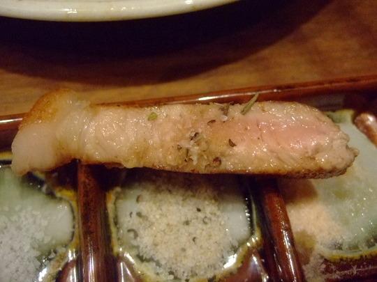 梅田・北新地 「義」 名護桜豚のロースステーキがメッチャ旨い