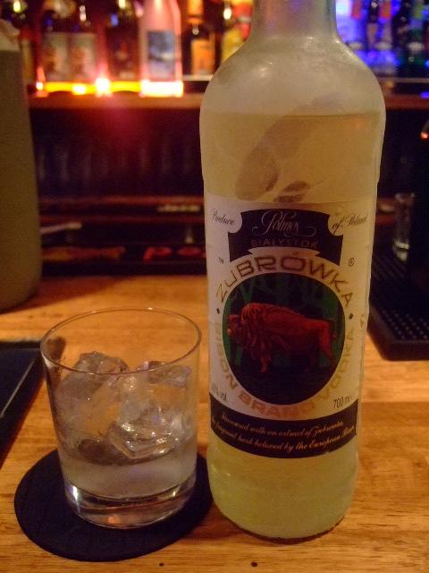 関大前 「ディアブロ」 アメリカンな雰囲気で飲めるのがナイス
