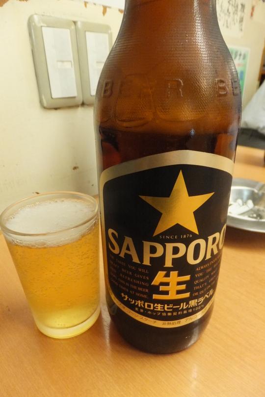 梅田・駅前第1ビル 「銀座屋」 ちょっと1杯飲むのに最適です
