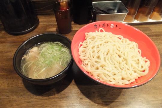 なんば 「麺屋 彩々」 2号店がオープン!塩つけ麺が旨い!!