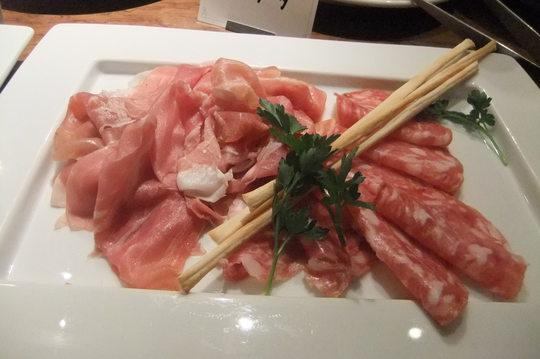 中之島 「アリアラスカ」 チーム肉でイタリアンを堪能しました