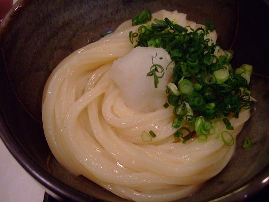 梅田・駅前ビル 「うだま」 剛麺系のレベルの高いうどんが旨い