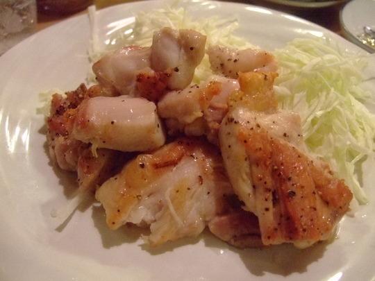 箕面 「お食事処 喜味」 鶏肝の造りと醤油焼きそばで大満足!