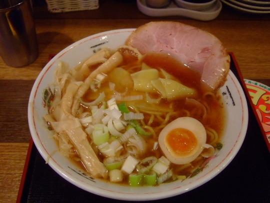 玉造 「麺喰い メン太ジスタ」 しょうゆメン太そばで大満足!