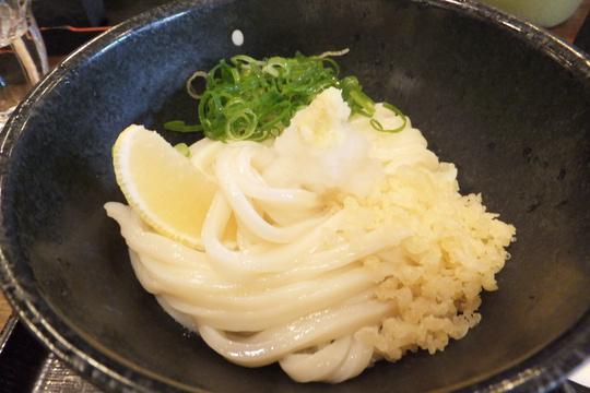 梅田・神山町 「讃岐うどん 今雪」 ツルツル麺の生醤油が旨い