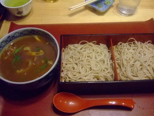 緑地公園 「そば甚」 出汁の効いた蕎麦屋のカレーつけ麺!!!