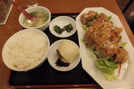 吹田・江坂 「敦煌 江坂店」 カリッと揚がった油淋鶏定食!