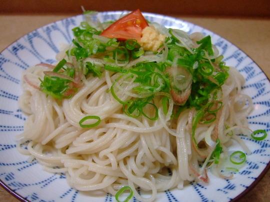江坂 「三楽」 レア芋焼酎満載で居心地のいい居酒屋さん!