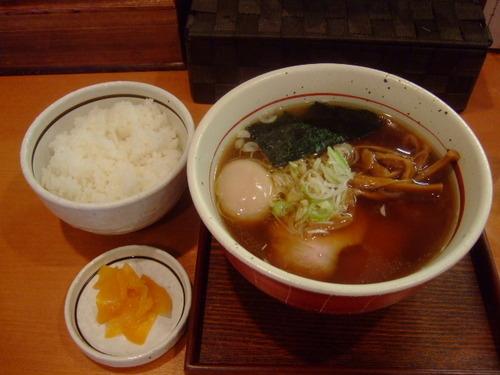 江坂 「麺屋 えぐち」 淡海地鶏の出汁が効いた中華そば!!