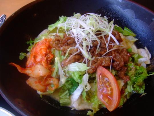 緑地公園 「敦煌」 暑い日には焼肉冷麺でスタミナアップ!!!