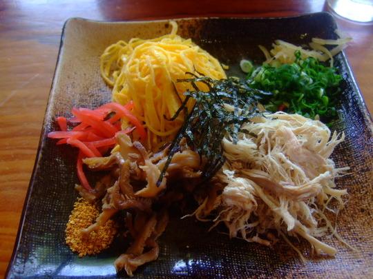 奄美珍道中9 龍郷町 「けいはん ひさ倉」 絶品濃厚鶏スープ