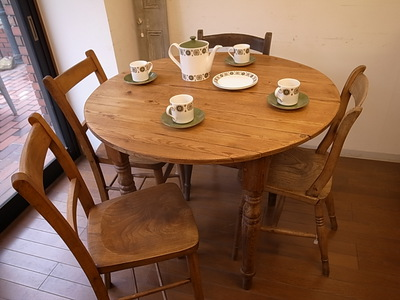 オールドパイン 丸テーブル