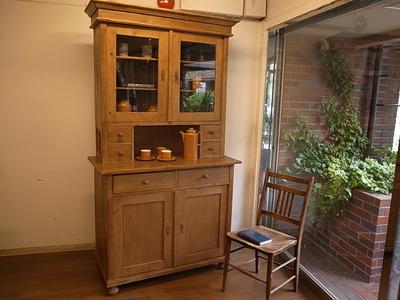 アンティーク家具 食器棚
