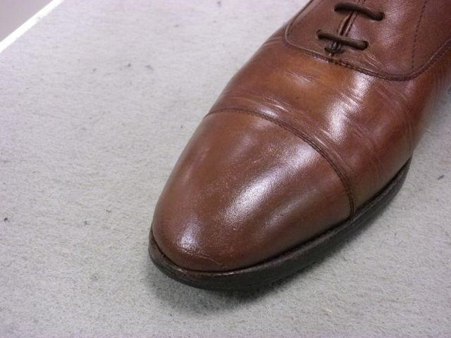革靴のつま先のすり傷をどうにかしたい・・・