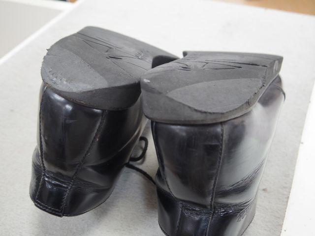 Dannerチャッカブーツのかかとが削れ過ぎて。。。