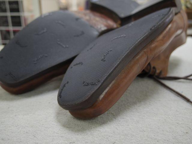 紳士靴のソールに穴が空いてしまって、、、