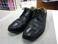 紳士靴のかかとが削れ過ぎて、、、、、