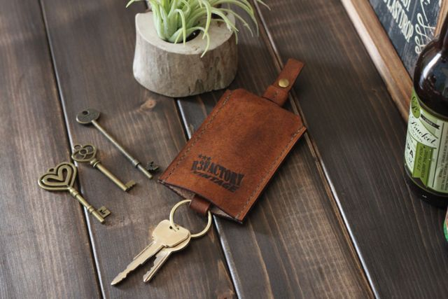 clochette key case フィオッキホック『R3FACTORY VINTAGE』