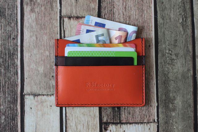 欧州限定アイテム☆minimalist wallet