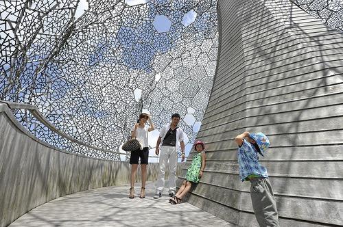 六甲ガーデンテラス&自然体感展望台 六甲枝垂れ