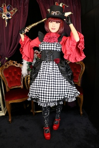 ダイヤ柄 ゴスロリ ロリータファッション 市松模様 コルセット 着用写真 スチームパンク