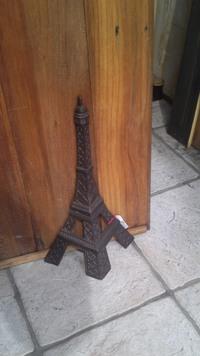 エッフェル塔のドアストッパー