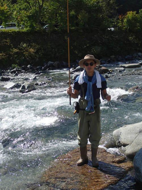 渓流釣りをしてそれをバーベキュー!