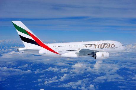 EK エミレーツ航空を紹介